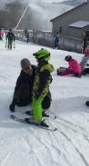 Ian skis